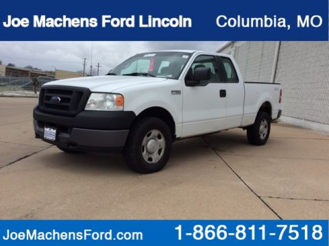 Pre-Owned 2005 Ford F-150 XLT 4WD Short Bed