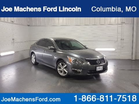 Pre-Owned 2014 Nissan Altima 2.5 SV FWD 4D Sedan