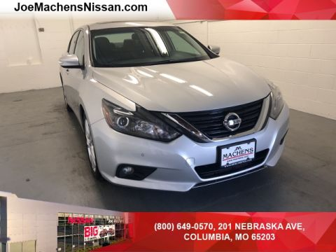 Pre-Owned 2017 Nissan Altima 3.5 SL FWD 4D Sedan