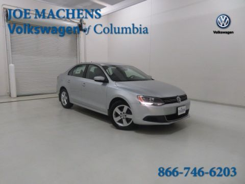 Pre-Owned 2013 Volkswagen Jetta TDI FWD 4D Sedan