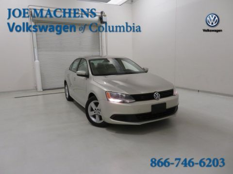 Pre-Owned 2011 Volkswagen Jetta TDI FWD 4D Sedan