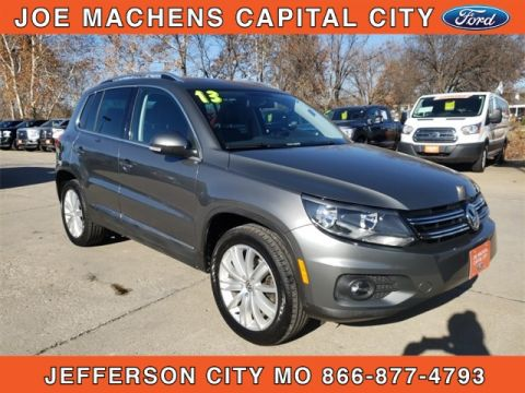 Pre-Owned 2013 Volkswagen Tiguan SE FWD 4D Sport Utility