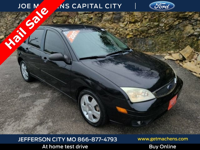 Pre-Owned 2007 Ford Focus SES