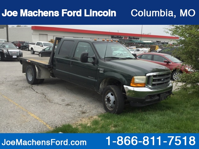 Pre-Owned 2001 Ford F-550SD XLT