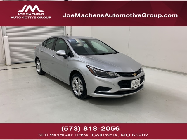 Pre-Owned 2018 Chevrolet Cruze LT