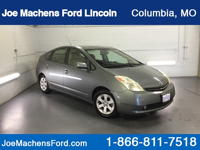 Pre-Owned 2004 Toyota Prius Base