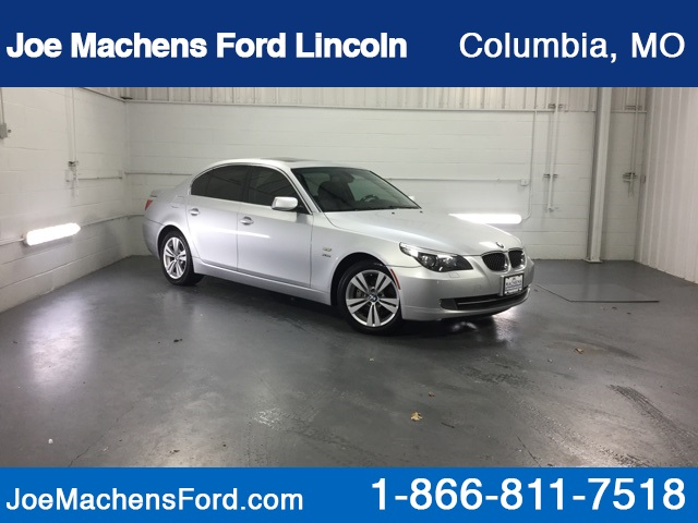 Pre-Owned 2009 BMW 5 Series 528i xDrive