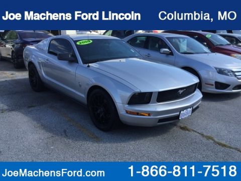 Pre-Owned 2009 Ford Mustang V6