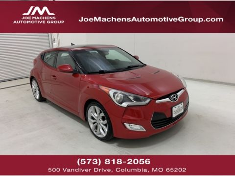 Pre-Owned 2012 Hyundai Veloster Base